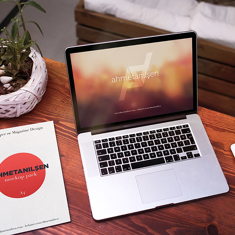 Bundle of MacBook Pro Mockups
