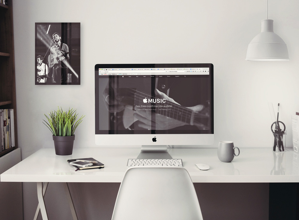 Retina iMac Office workspace Mockup